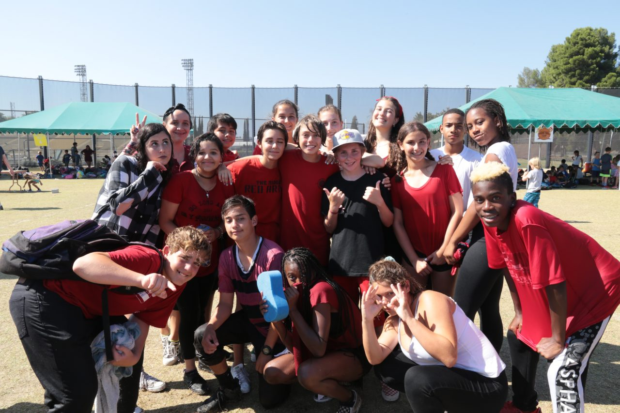 monarch-camps-summer-camp-los-angeles-teenagers-in-group-smiling-outside-at-camp-1280x853.jpg
